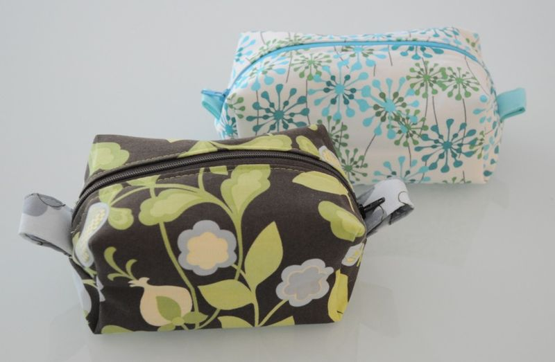 Fully Lined Zippered Box Pouch Pattern And Tutorial It S