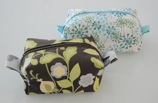 Zippered box pouches